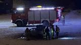 Pożar samochodu w okolicach mostu Rocha w Poznaniu. Zobacz zdjęcia
