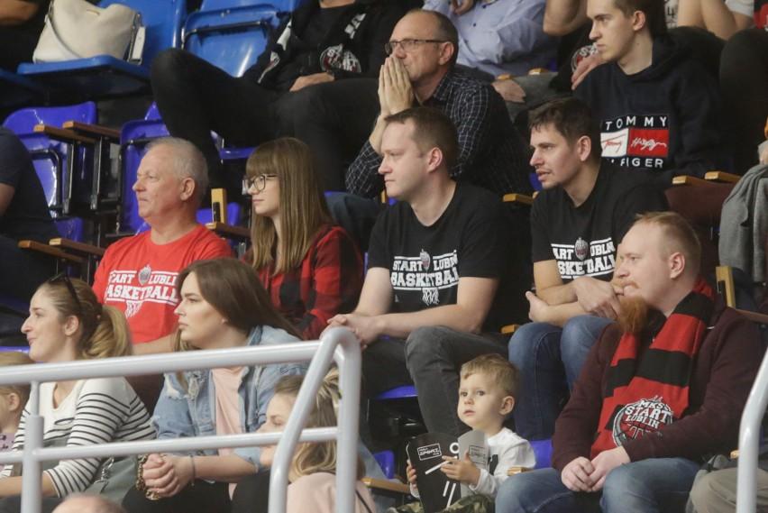 Zobacz fanów i cheerleaderki Startu Lublin podczas meczu z Arką Gdynia (ZDJĘCIA)