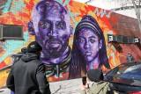 Artysta z Kalifornii stworzył mural z wizerunkiem Kobego Bryanta. Zbliża się rocznica tragicznej śmierci wybitnego koszykarza