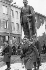 Pomnik Piłsudskiego w Białymstoku