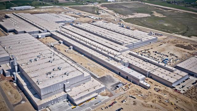 Budowa fabryki VW Września jest już na ukończeniu. W drugiej połowie rku ruszy tu produkcja nowego modelu Craftera