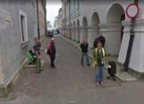 Nikt się nie ukryje. Mieszkańcy Zamościa przyłapani przez kamery Google Street View na Starym Mieście [26.05]