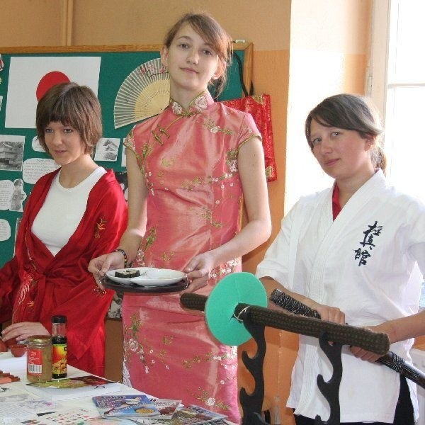 Patrycja Skowrońska, Agata Kwiatkowska i  Sandra Okońska potrafią dużo powiedzieć o  Japonii
