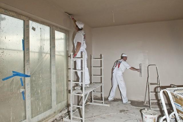 Zanim zaczniesz wykańczanie ścian - czyli mądry Polak przed tynkowaniemMądry Polak przed tynkowaniem, czyli zanim zaczniesz wykończenie ścian
