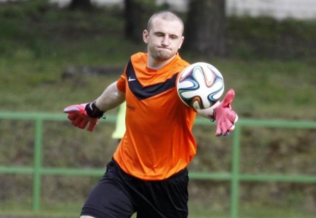 Tomasz Kasprzik wiosną jeszcze w II lidze spisywał się w bramce Ruchu bardzo dobrze. Kibice ze Zdzieszowic powinni być więc zadowoleni z jego powrotu do zespołu.