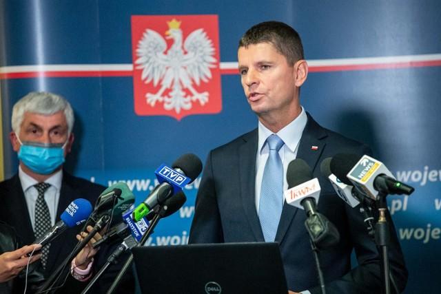 Dariusz Piontkowski na kwarantannie po kontakcie z Przemysławem Czarnkiem