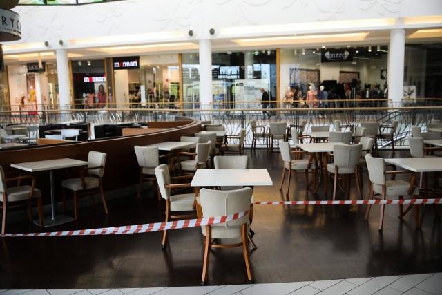 Galerie handlowe zostały otwarte, ale nie działają w nich strefy gastronomiczne.
