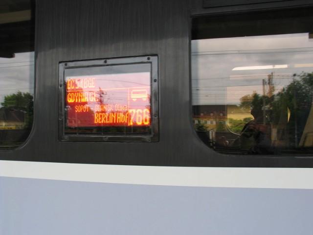 """Wszystkie miejsca w pociągu """"Berlin-Gdynia Express"""" objęte są rezerwacją."""