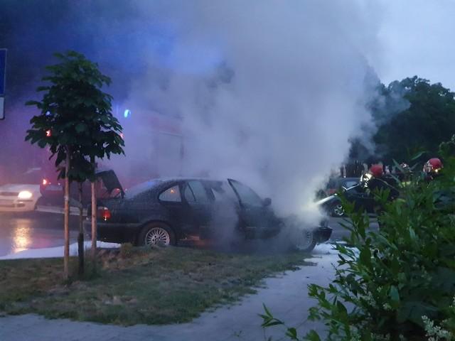 Do pożaru BMW doszło na ulicy Grunwaldzkiej w Białogardzie.