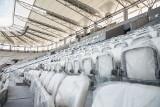 Premiera tuż tuż. Trwa montaż krzesełek na stadionie ŁKS [ZDJĘCIA]