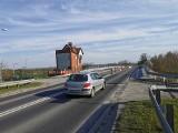 Będzie nowy most w Jankowicach na granicy Babic i Zatora. Czy na czas budowy stanie przeprawa tymczasowa? [ZDJĘCIA]