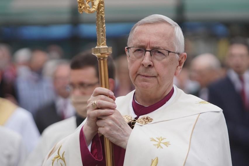 Przewodniczący Episkopatu Polski apeluje do premiera...