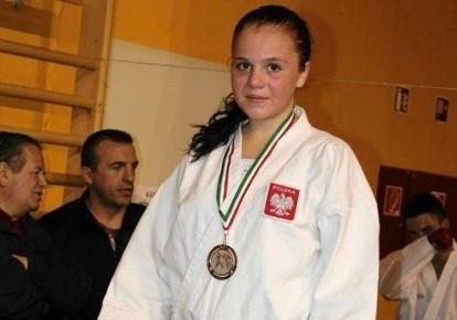 """Natalia Szponder z Nidanu Zawadzkie zdobyła dwa złote medale mistrzostw kraju oraz dwa srebra """"Harasuto Cup""""."""