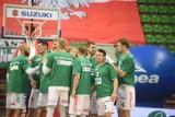 Koszykarze Enei Zastalu BC Zielona Góra w drodze do Kazania, a tam strzelanina i wiele ofiar śmiertelnych