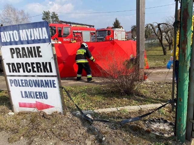 Wypadek z udziałem motocyklisty miał miejsce na ul. żywieckiej w Łodygowicach.Zobacz kolejne zdjęcia. Przesuwaj zdjęcia w prawo - naciśnij strzałkę lub przycisk NASTĘPNE