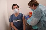 Dziesiątki tysięcy zaszczepionych w powiecie szczecineckim. Jesteśmy regionalną czołówką