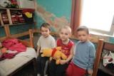 Dzieci chorują w wilgoci. Grzyb nad tapczanem