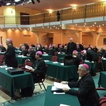 Zebranie trwalo do wieczora w sobote. W niedziele duchowni wzieli udzial w beatyfikacji ks. Michala Sopocki