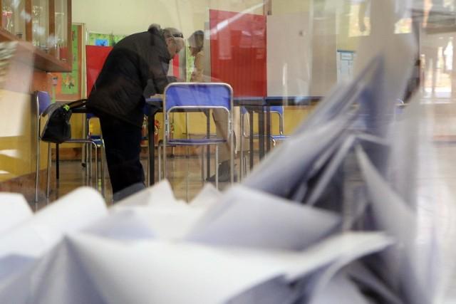 II tura wyborów już w niedzielę, 4 listopada 2018 r.
