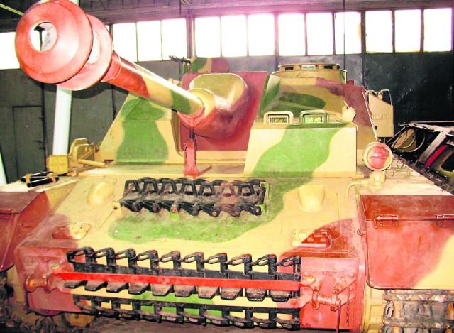 Niemiecki StuG IV - najcenniejszy eksponat w zbiorach Muzeum Broni Pancernej w Poznaniu