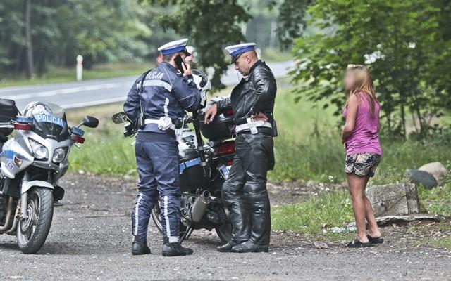 Jako pierwsi interweniowali policjanci na motorach.