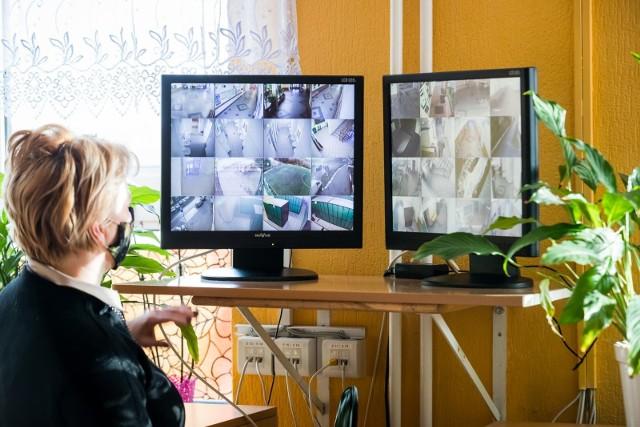 W bydgoskich szkołach i placówkach oświatowych prowadzonych przez ratusz zainstalowanych jest łącznie ponad 2 tys. kamer wewnętrznych i zewnętrznych.
