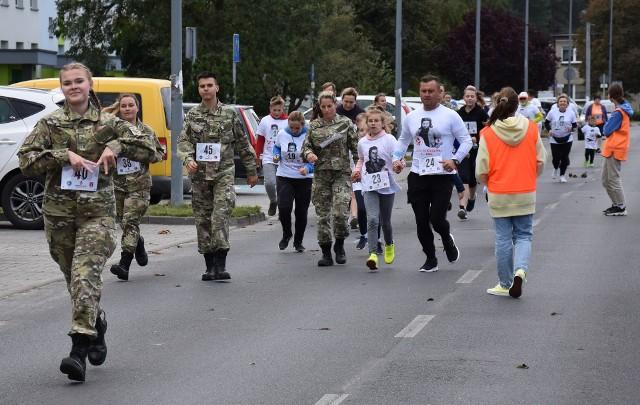 """Trasa biegu pamięci """"Tropem Wilczym"""" w Golubiu-Dobrzyniu wiodła ulicą Żeromskiego"""