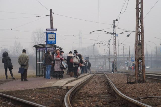 Kradzież trakcji tramwajowej i remont torów