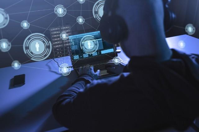 """WSIiZ w Rzeszowie będzie kształciła """"władców cyberprzestrzeni"""""""