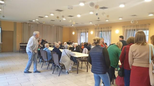 Ponad 80 zdenerwowanych mieszkańców Nowosolnej wzięło we wtorek udział w spotkaniu dotyczącym projektu miejscowego planu zagospodarowania centrum osiedla.