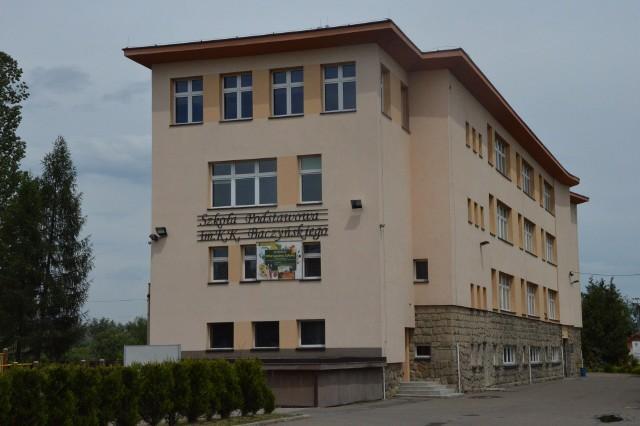 SP nr 1 w Dobczycach od kilku lat współpracowała z AIESEC