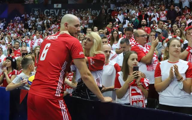 Polska walczyła w półfinale ze Słowenią w katowickim Spodku    Zobacz kolejne zdjęcia. Przesuwaj zdjęcia w prawo - naciśnij strzałkę lub przycisk NASTĘPNE