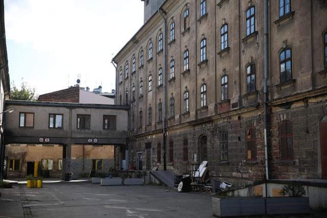Budynki po opuszczeniu przez wynajmujących