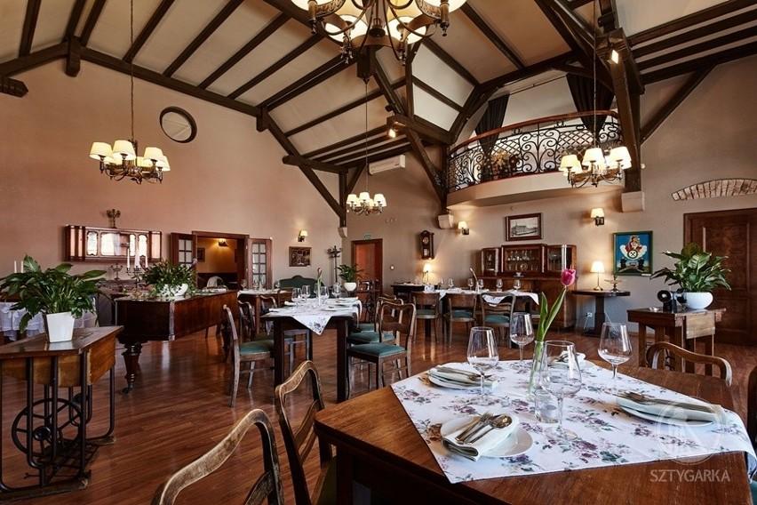 Restauracja w chorzowskim Kompleksie SztygarkaZobacz kolejne zdjęcia/plansze. Przesuwaj zdjęcia w prawo - naciśnij strzałkę lub przycisk NASTĘPNE