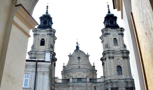 Bazylika Matki Bożej Bolesnej i klasztor dominikanów w Jarosławiu.