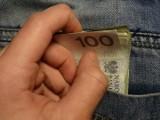 Przeciętny Polak zarabia 3732 zł na rękę. Dlatego potrzebujemy płacy minimalnej