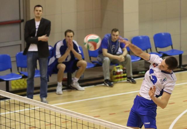 Adam Tołoczko (atakuje) jest jednym z zawodników, którzy zostaną w Morzu Bałtyk Szczecin na kolejny sezon.