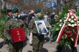 Pogrzeb prof. Jana Waszkiewicza we Wrocławiu. Żegnał go m.in. premier Morawiecki [ZDJĘCIA]