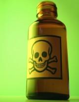 Bomba ekologiczna: Trujące chemikalia ukryte w mogilnikach