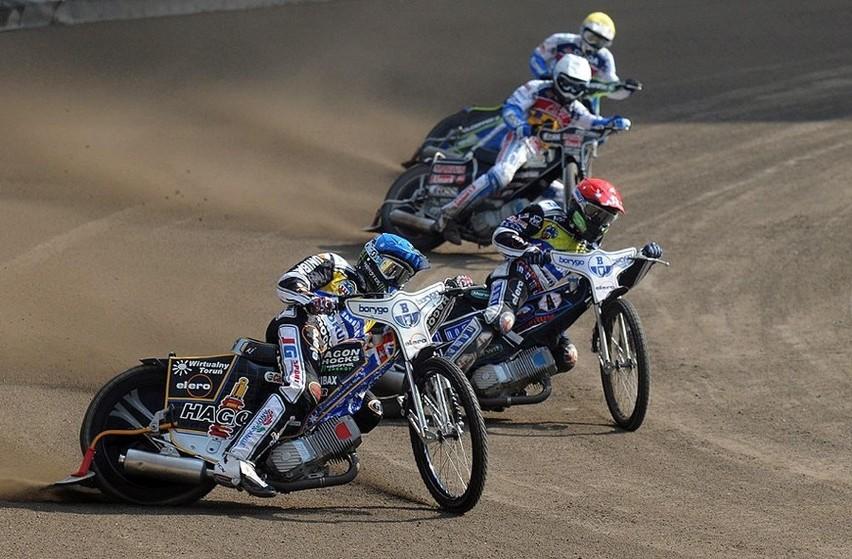 Z małym poślizgiem, bo w 4. kolejce sezonu 2009 Motoarena...