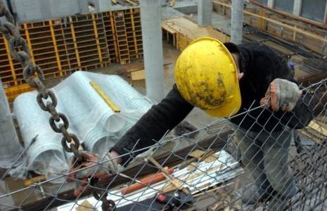 Z danych PIP wynika, że budownictwo to jedna z najbardziej niebezpiecznych branż.