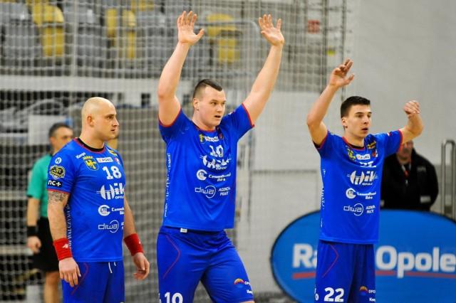 Piłkarze ręczni Gwardii Opole już testują formę w meczach sparingowych.