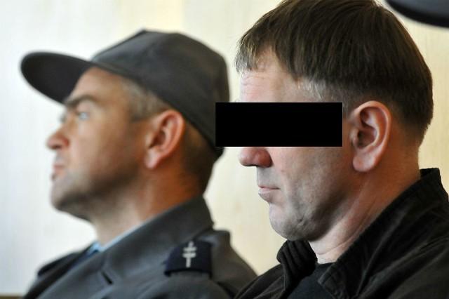 W czerwcu sąd okręgowy w Krośnie skazał 47-letniego Piotra M. na dożywocie. Wyrok został podtrzymany.