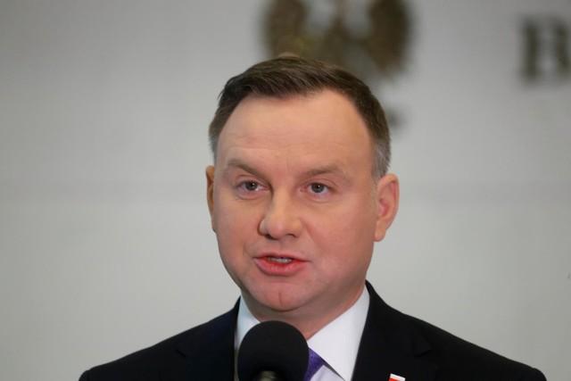 Prezydent Andrzej Duda podczas briefingu prasowego.