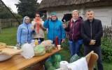 Koło Gospodyń Wiejskich Występy w gminie Krasocin w Tokarni dało pokaz kiszenia kapusty (ZDJĘCIA)