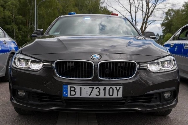 Grupę Speed tworzą doświadczeni policjanci drogówki. Podlaski zespół ma na wyposażeniu szybkie radiowozy, w tym BMW 330i xDrive.
