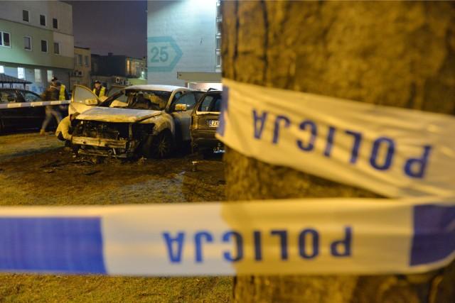 Nocne pożary samochodów to ostatnio plaga w Gdańsku