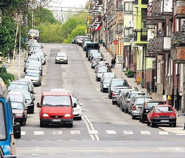 Dziś zaczyna się wymiana asfaltu na ul. 5 Lipca pomiędzy al. Bohaterów Warszawy a ul. Noakowskiego.
