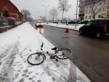 Gołdap. Dziecko wyjechało rowerem pod koła samochodu. Zabawa mogła skończyć się o wiele gorzej (zdjęcia)