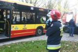 Wypadek autobusu MPK z osobówką na Popowicach